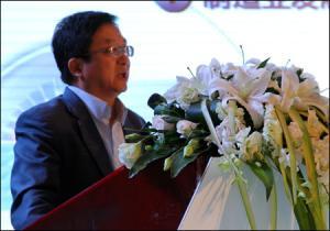 杨海成:丰富多彩的体验感受新时代