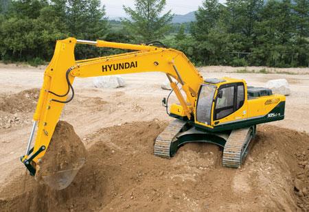 manbetx万博客户端挖掘机R305LC-9施工现场
