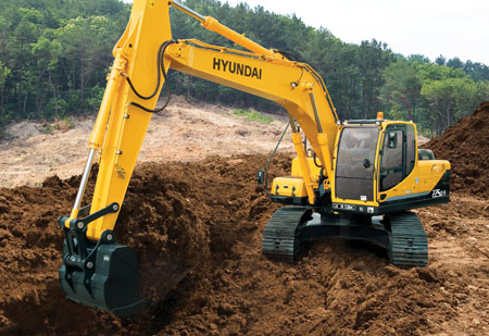 manbetx万博客户端挖掘机R225LC-9施工现场