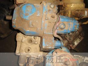 挖掘机拆车件11
