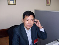 General Manager Song Yong answers hotline as representative of Yantai Municipal People's Congress during NPC and CPPCC