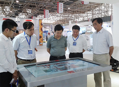 德基机械整体式再生设备亮相2015中国•廊坊国际经济贸易洽谈会